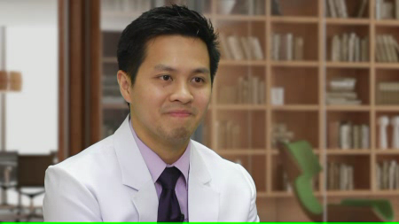 Dr. Valencia talks about his practice